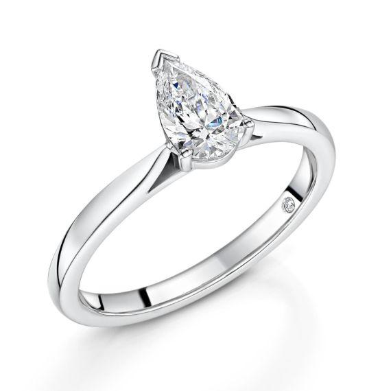 .61 E VS1 platinum pear cut diamond ring