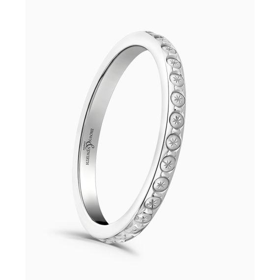 18ct White Gold Diamond Cut Wedding Ring